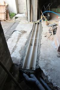 Caniveaux servant à limiter les effets des inondations