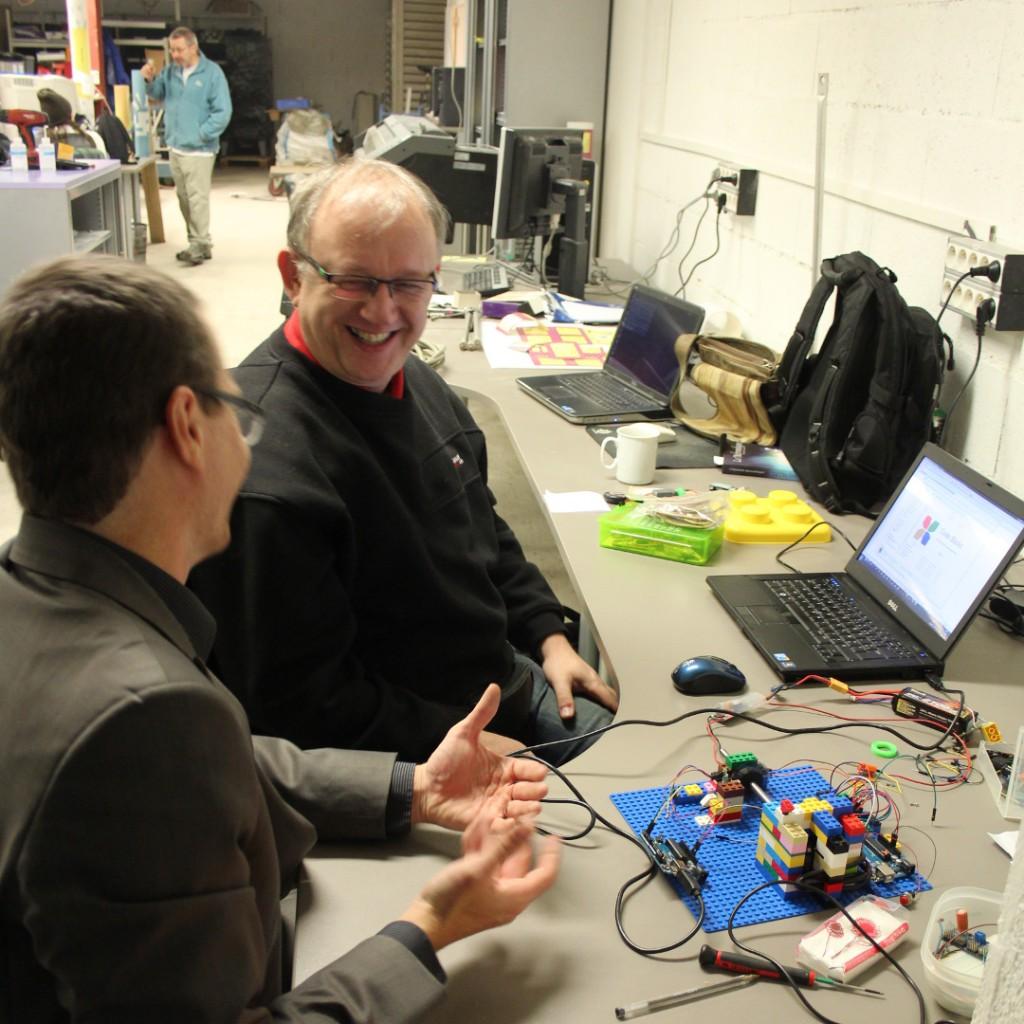 Comment fabriquer un système d'odométrie pour calibrer des servos... avec des legos...